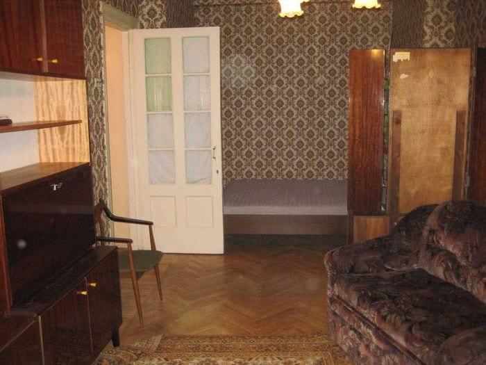 вариант интересного дизайна квартиры в советском стиле