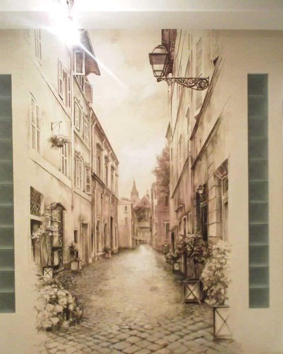 мысль ясного внешнего вида дома с росписью стен