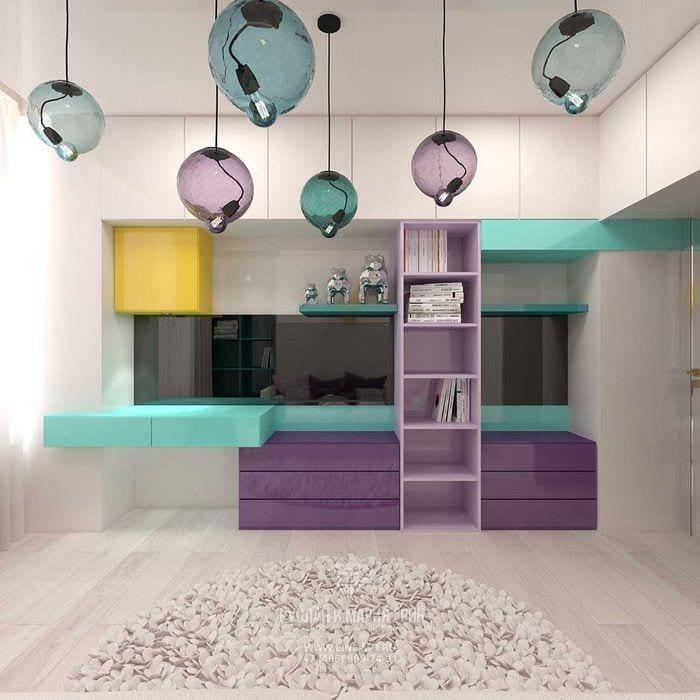 пример яркого современного дизайна детской комнаты