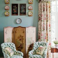 пример использования русского стиля в необычном декоре комнате картинка