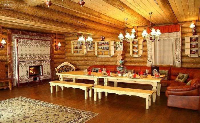 вариант применения русского стиля в красивом декоре комнате
