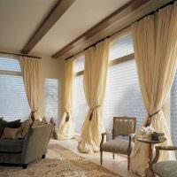 идея использования современных штор в светлом дизайне квартире картинка