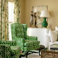 вариант применения зеленого цвета в светлом интерьере квартиры картинка