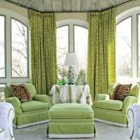 вариант использования зеленого цвета в ярком декоре комнаты фото