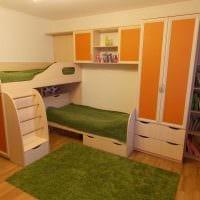 идея необычного стиля детской комнаты для двоих детей картинка
