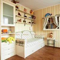 вариант светлого интерьера небольшой комнаты в общежитии картинка