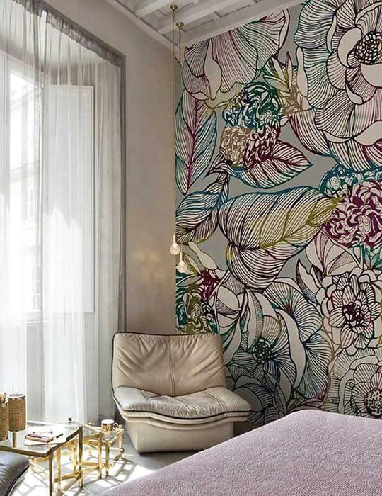 вариант ясного внешнего вида квартиры с росписью стен