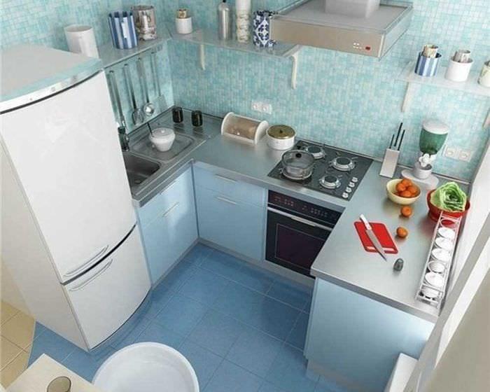 идея яркого декора двухкомнатной квартиры в хрущевке