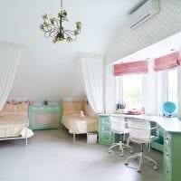 вариант яркого стиля детской комнаты для девочки 12 кв.м картинка