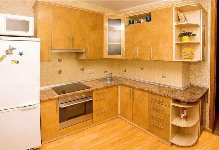идея необычного дизайна кухни 9 кв.м