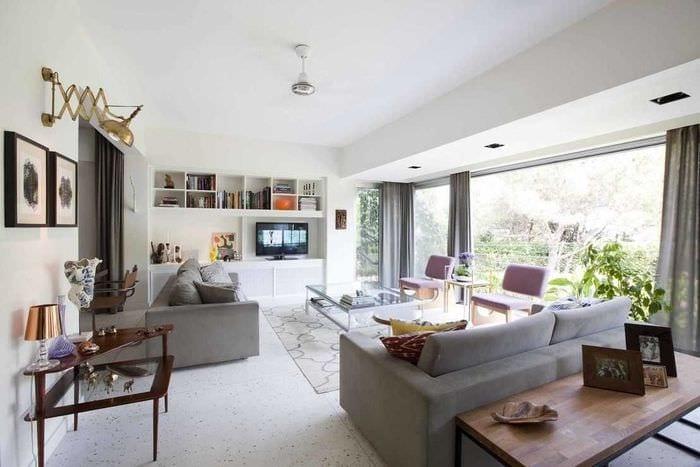 пример светлого интерьера двухкомнатной квартиры
