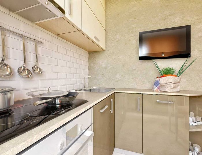 светлая кухня 5 кв м