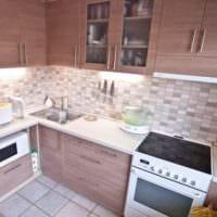 бежевая кухня 5 квадратных метров
