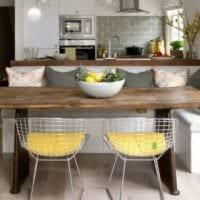 дизайн кухни сдиваном