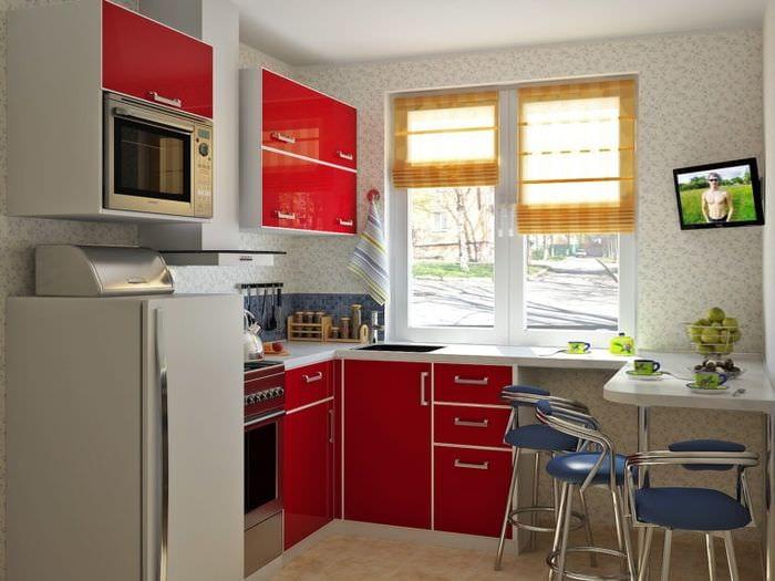 использование пространства на кухне 5 кв метров