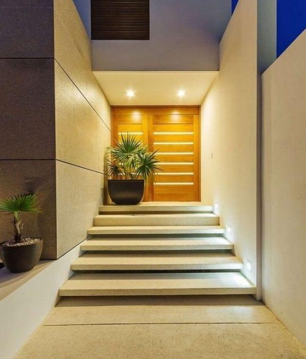 крыльцо и лестница из бетона