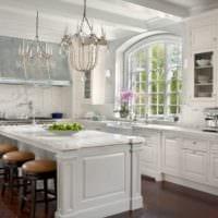 кухня с эркером декор