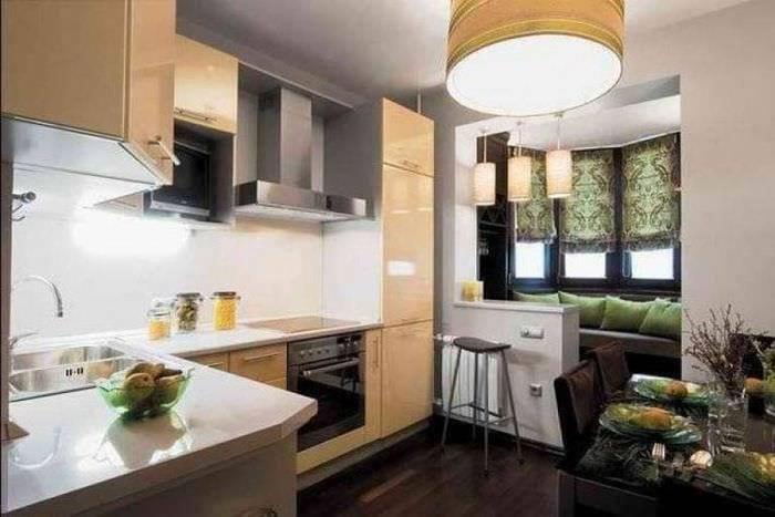 идеи кухни с эркером