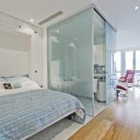 практичный дизайн маленькой квартиры студии