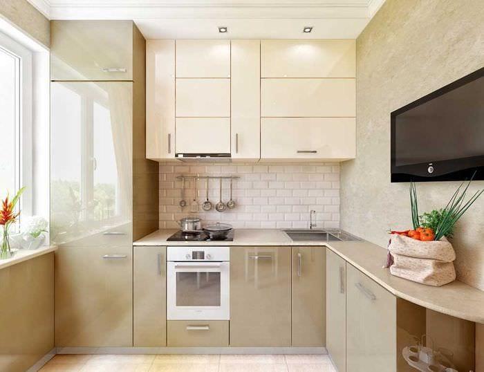 кухня 6 кв м холодильник в шкафу