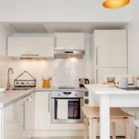 дизайн кухни светлый