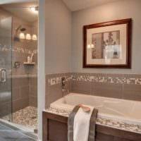 вариант необычного интерьера укладки плитки в ванной комнате фото