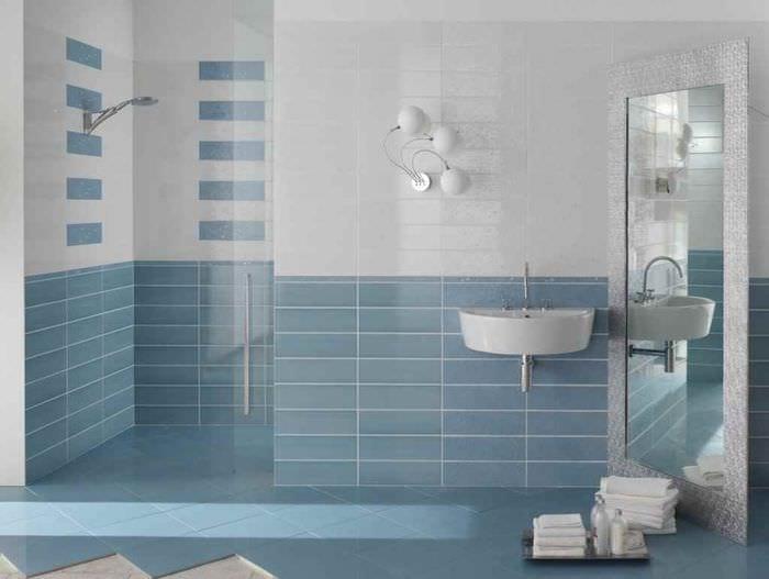 пример красивого декора укладки плитки в ванной комнате
