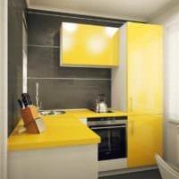 вариант применения яркого желтого цвета в дизайне квартиры фото