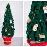 пример создания праздничной елки из картона своими руками фото