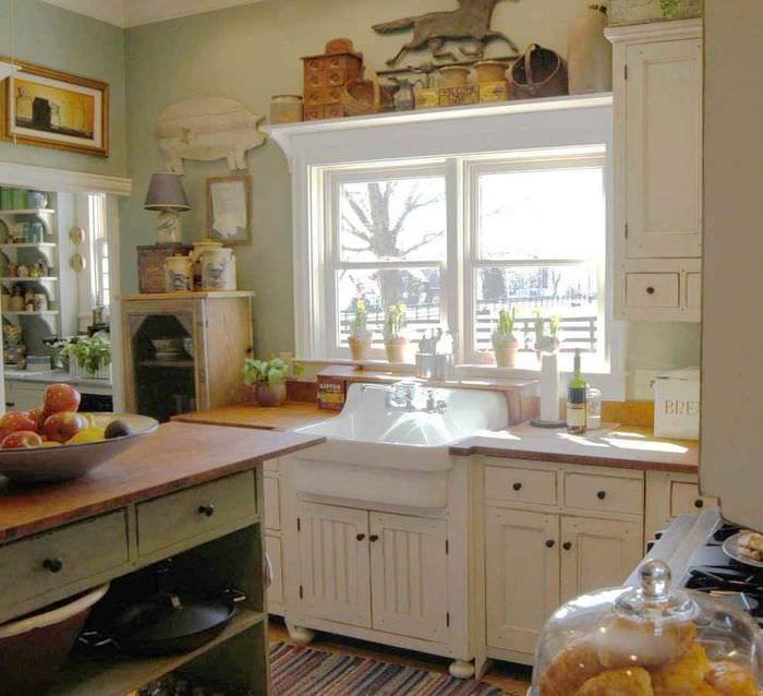 идея красивого декора кухни в деревенском стиле