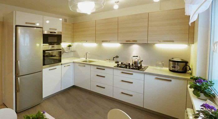 пример необычного интерьера кухни 11 кв.м