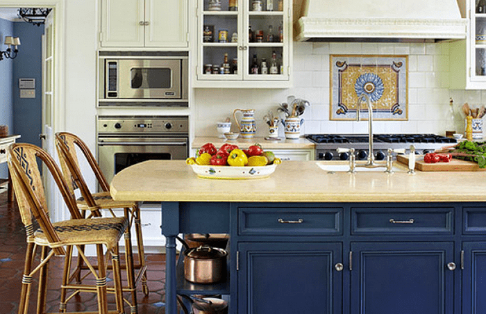 синий цвет на кухне прованс