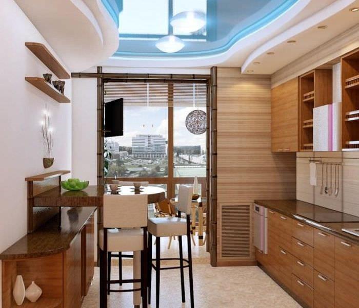 кухня с выходом на балкон фото