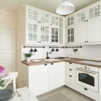 кухня 5 кв метров в белых тонах