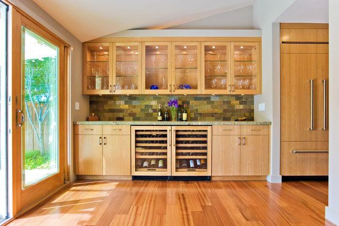 ламинат на кухне модерн