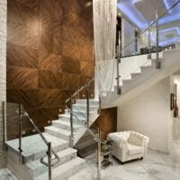 лестница в частном доме фото идеи
