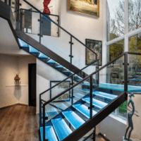 лестница в частном доме идеи фото