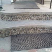 необычное крыльцо из бетона