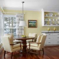 пример применения светлого желтого цвета в дизайне квартиры фото