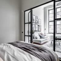 пример светлого интерьера гостиной спальни фото