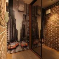 пример яркого стиля прихожей с зеркалами фото