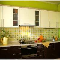 идея светлого стиля кухни 7 кв.м фото
