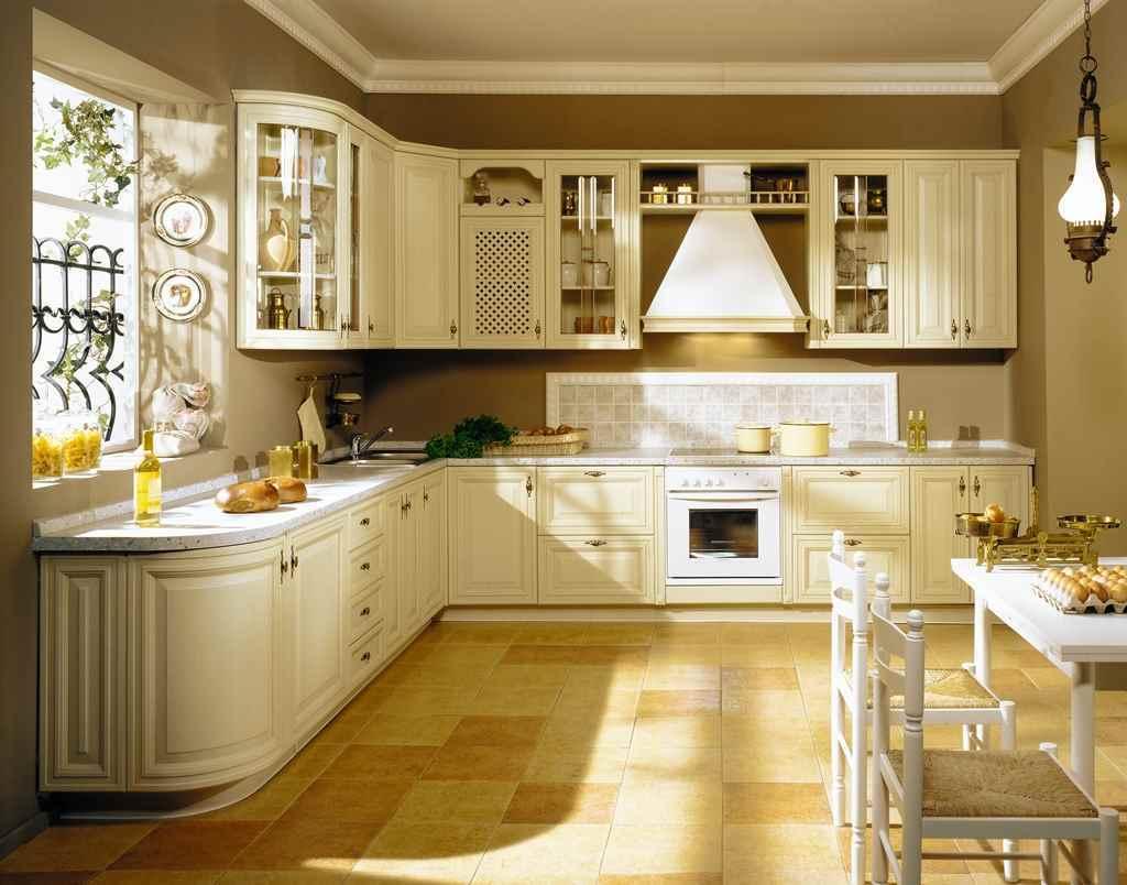 пример красивого интерьера кухни в классическом стиле