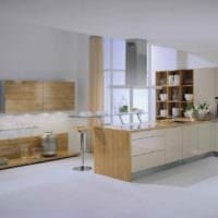 пример красивого интерьера кухни в загородном доме фото