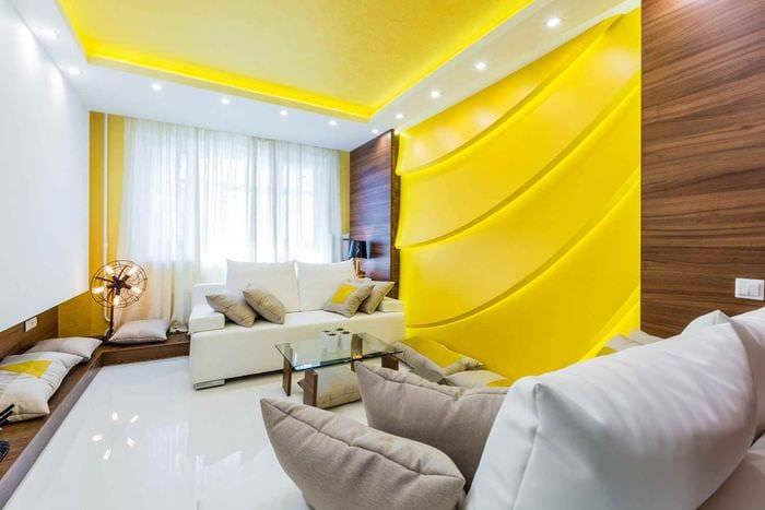 идея применения яркого желтого цвета в дизайне квартиры