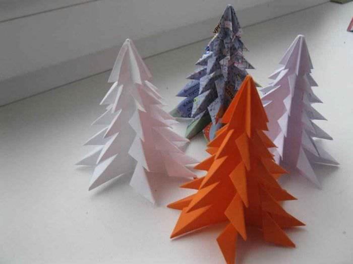 пример создания праздничной елки из бумаги самостоятельно
