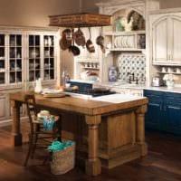 вариант необычного интерьера кухни в деревенском стиле фото
