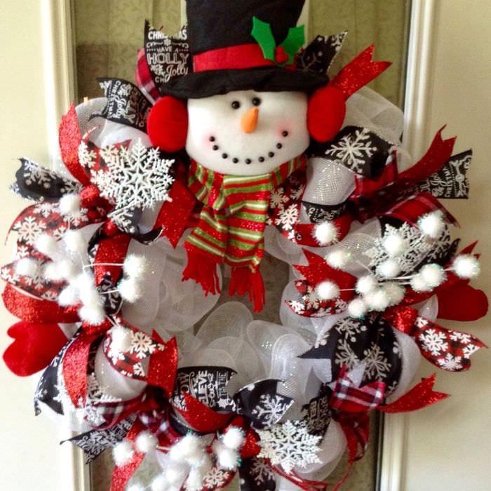 рождественский венок снеговик