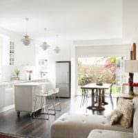 удобная кухня столовая гостиная в частном доме