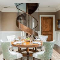 удобный дизайн лестницы в доме